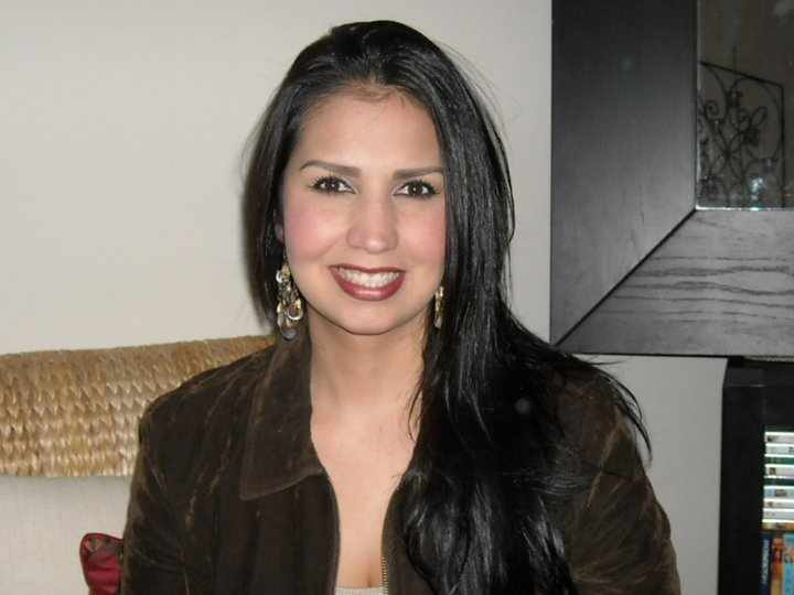 Claudia Dental Office Manager